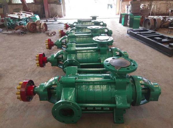多级离心水泵生产现场
